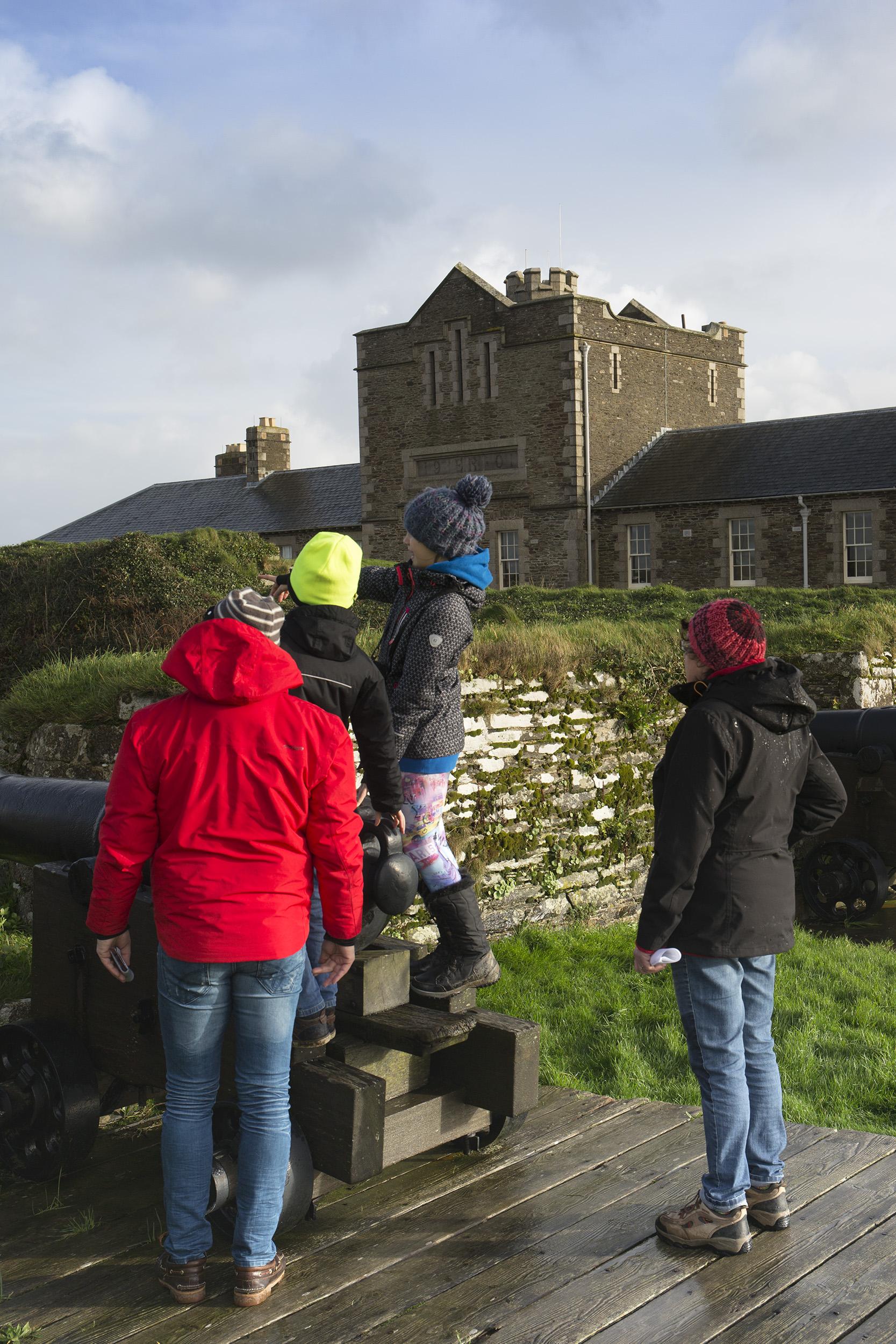 Cornwall: Besuch bei englischen Soldaten