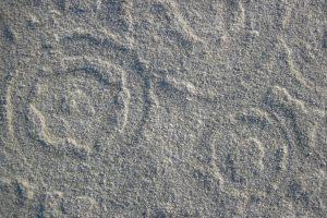 Strandfund: Ufos im Sand