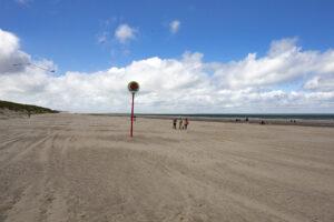 Strandbesuch: Strand soweit das Auge reicht – Ellemeet bis Renesse